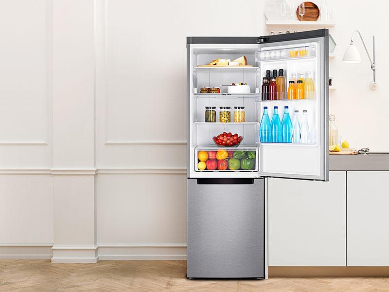 Почему холодильник работает непрерывно?